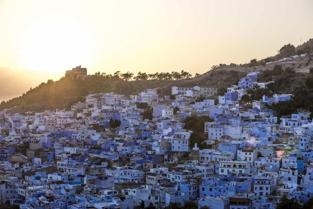 Modré město u pohoří Ríf
